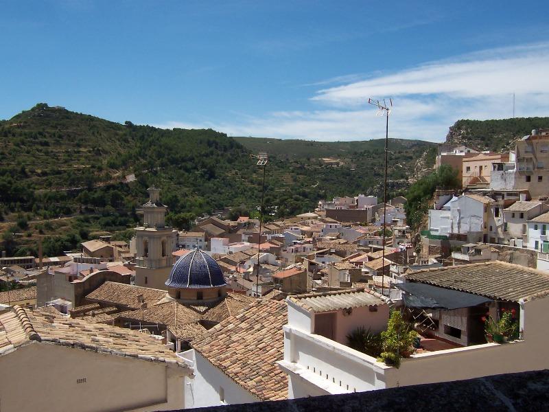 Buñol_desde_su_castillo