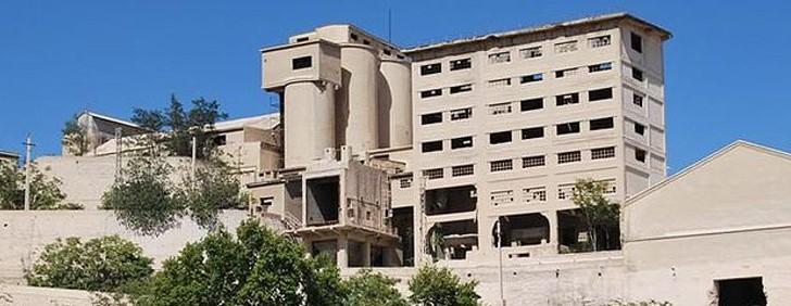 CCOO reúne a asociaciones y partidos políticos de Buñol para hablar sobre la reindustrialización del municipio