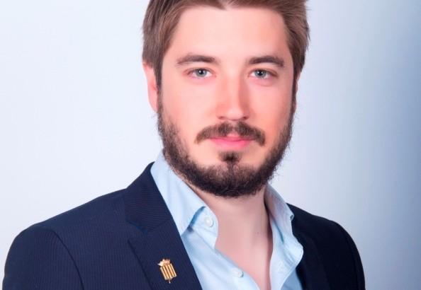 """Rafael Pérez (EU): """"estoy preparado para asumir la responsabilidad de liderar este proyecto y liderar a Buñol"""""""
