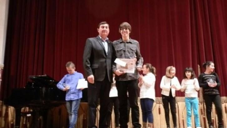 """Javier Tejedor ganador del Concurso de Solistas de """"La Artística"""""""