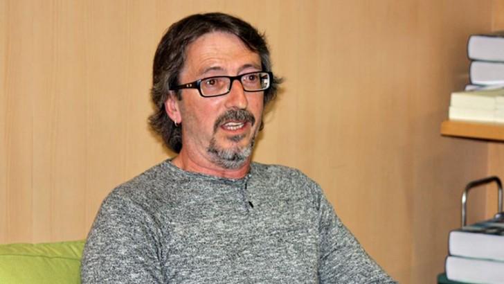 """El buñolense Román Sáez presenta """"El Bucle"""" este miércoles en la Biblioteca Municipal"""