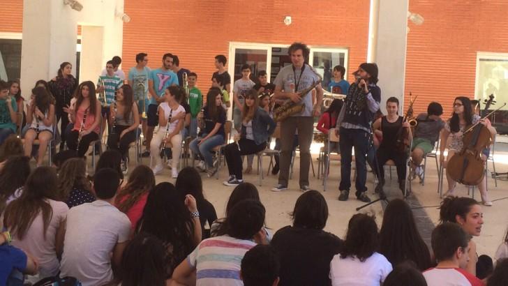 45 alumnos participan en un taller de Jazz en el IES La Hoya de Buñol