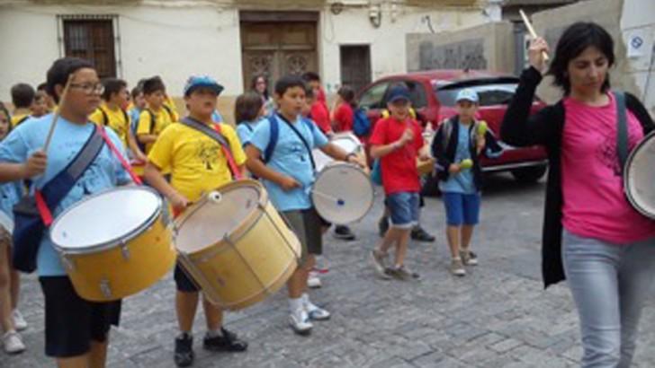 Los alumnos de 5º de San Luis y Cervantes asisten a la V Trobada Musical en Yátova