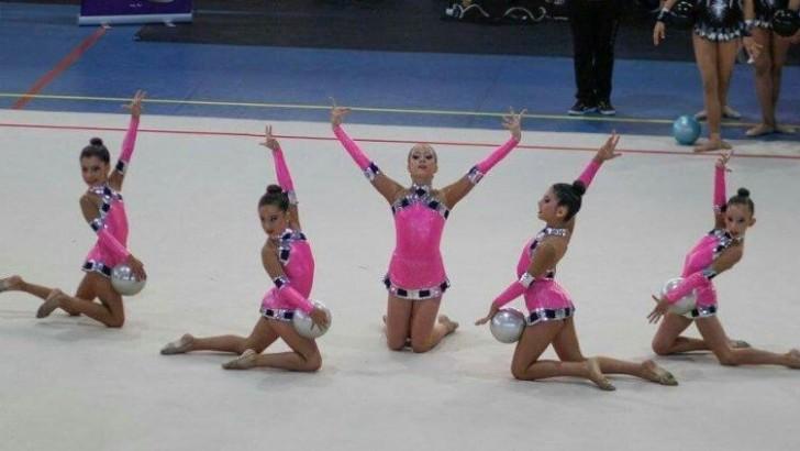 Las chicas del Club de Gimnasia Rítmica de Buñol logran el subcampeonato provincial en Sueca
