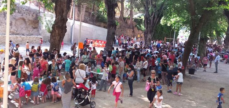 El Parque de San Luis acoge una nueva edición del Mercado Solidario