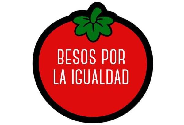 """Buñol lanza la iniciativa """"Besos por la Igualad"""""""