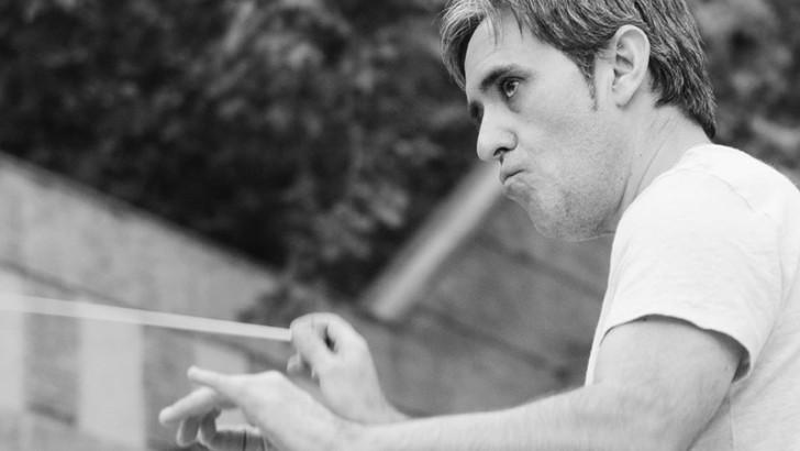 El músico buñolense Manuel Godoy gana el primer premio Dirección de Orquesta