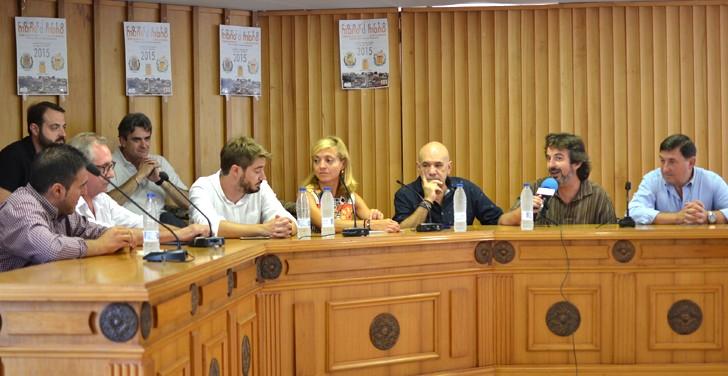 """Vídeo de la rueda de prensa de la Agencia Valenciana de Turismo sobre el apoyo al """"Mano a Mano"""" de Buñol"""