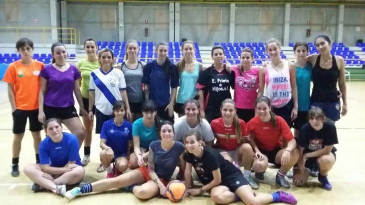 El Buñol Fútbol-Sala femenino se prepara para el inicio liguero