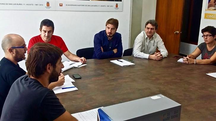 Ayuntamiento de Buñol, PAHC y los bancos se reúnen para crear una red de vivienda social