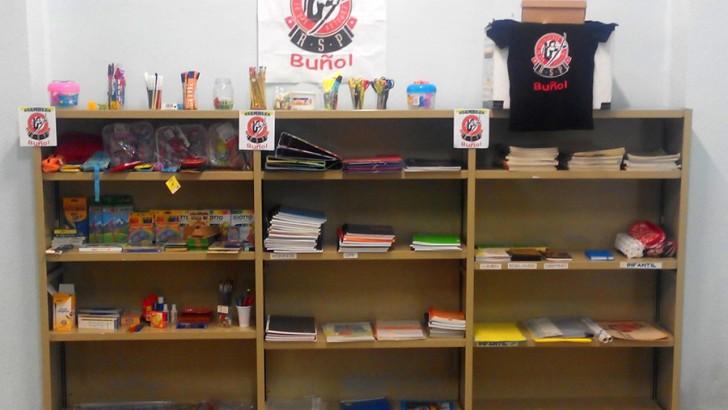 La Red de Solidaridad Popular de Buñol ya dispone de material escolar para llenar las mochilas