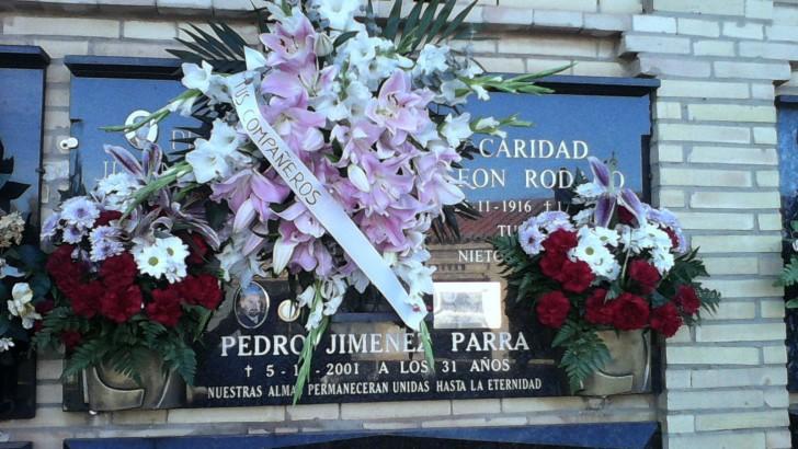 La Policía Local de Buñol rinde homenaje al compañero Pedro Jiménez Parra
