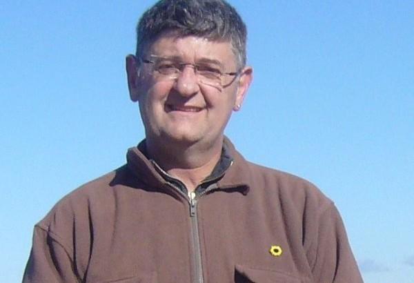 El buñolense Manel Pastor número 5 de Ara País Valencià a las generales