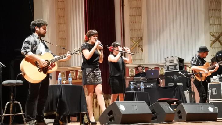 Las imágenes del concierto de Rozalén en Buñol