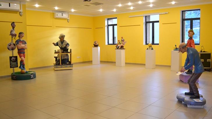 Las imágenes de la Exposición del Ninot en Buñol
