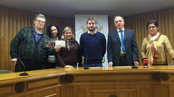 Correos y el Ayuntamiento de Buñol presentan una postal prefranqueada dedicada al municipio