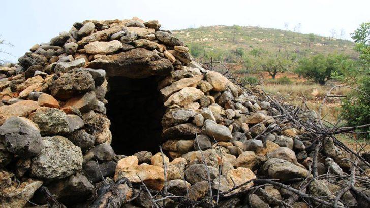 Yátova se adhiere a los pueblos que piden el reconocimiento de la UNESCO de las construcciones de piedra en seco