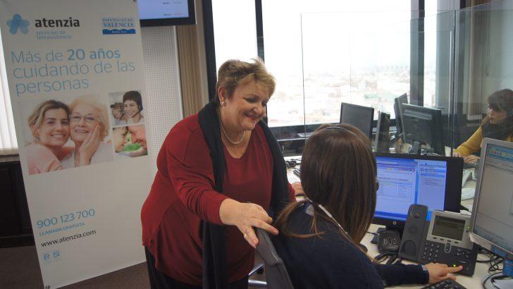 La Teleasistencia ofrece ayuda 'a un botón de distancia' a 1.381 usuarios mayores en las comarcas de interior