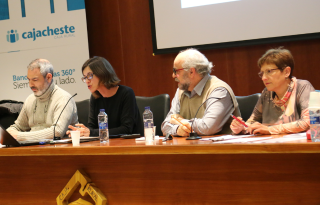 Intenso debate en Cheste sobre los modelos de jornada educativa
