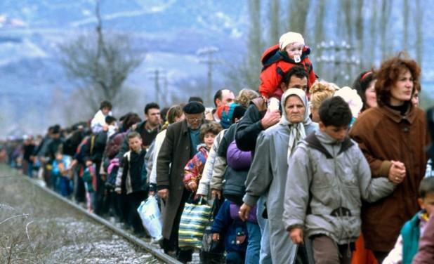 La RSP de Buñol organiza una mesa redonda sobre la situación de los refugiados en Europa