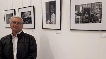 Las imágenes de la inauguración de la exposición fotográfica del buñolense Vicente Carrión
