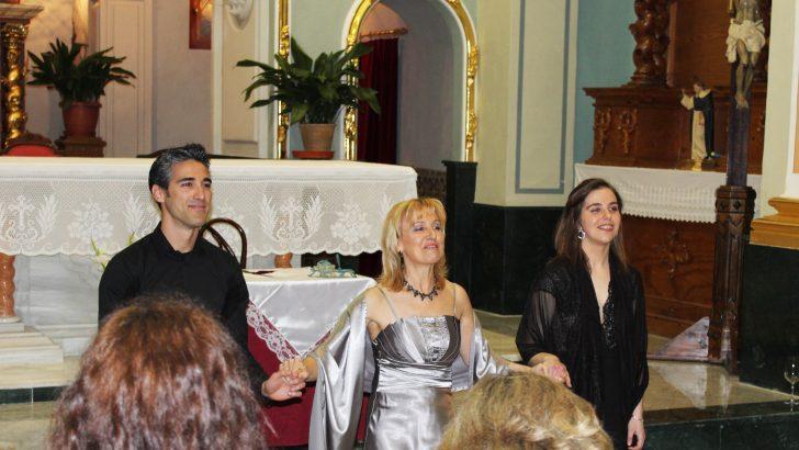 Astrid Crone y Claire Adams deslumbran en la Primavera Cultural de Macastre