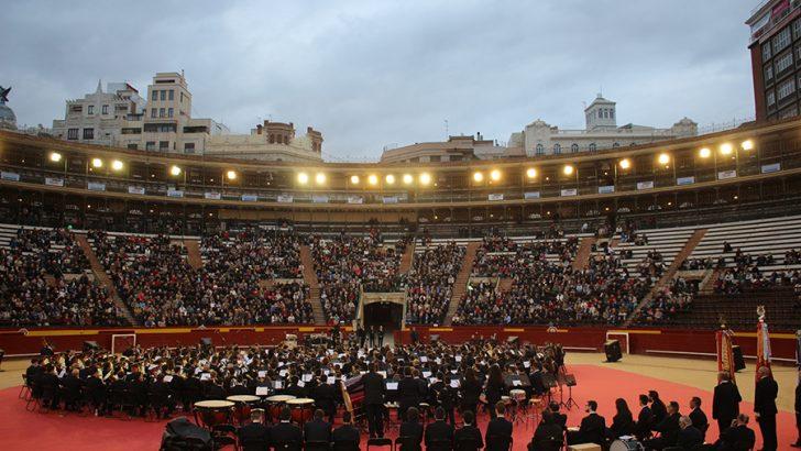 Las bandas de Buñol y Llíria ofrecen un histórico concierto en la Plaza de Toros de Valencia