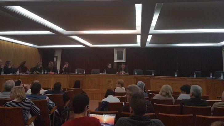 Compromis, Vinchi, IU y Juntos Somos Más abandonan el pleno de Chiva al no condenar PP y PSOE la corrupción del ex alcalde