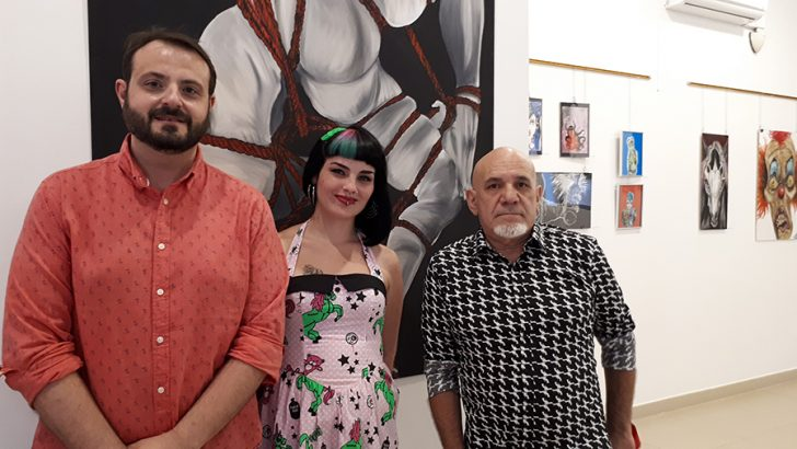 """Imágenes de la exposición """"Corriendo con Lobos"""" que estará abierta en Buñol hasta el 30 de junio"""
