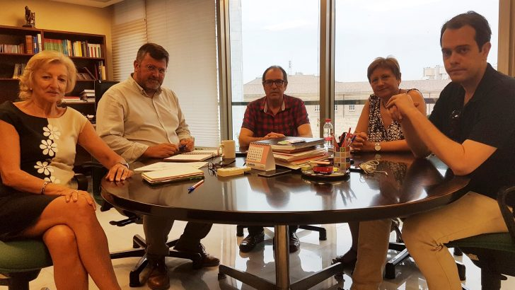 Salud Pública se compromete a realizar un estudio epidemiológico en La Hoya de Buñol