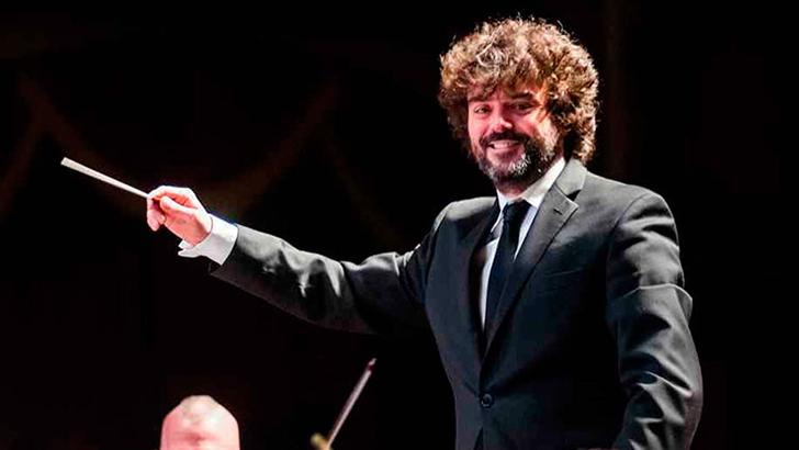 El buñolense Octavio Más-Arocas, nuevo director titular de la Mansfield Symphony Orchesta
