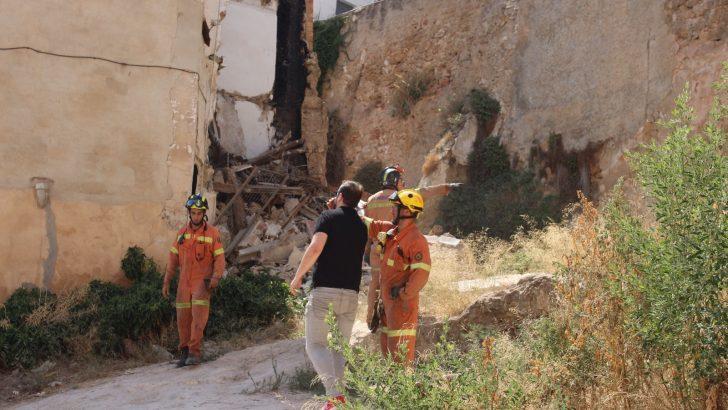"""Se derrumba una vivienda en la zona de """"Las Alpujarras"""" de Buñol"""