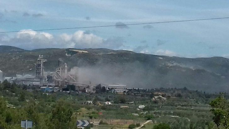"""Los Ayuntamientos y plataformas de La Hoya recuerdan a Cemex que """"una fábrica que quema residuos es una instalación de co-incineración"""""""
