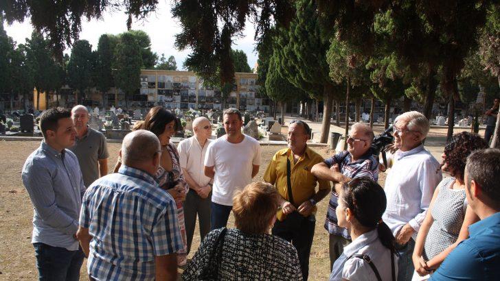 Comienzan las exhumaciones de los nichos donde podían estar los 2 ex alcaldes de Chiva