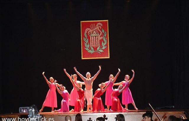 Las imágenes del concierto de música mexicana en el Teatro Montecarlo de Buñol