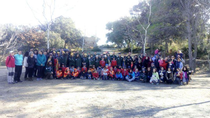 Los scouts reforestan el monte quemado de Macastre