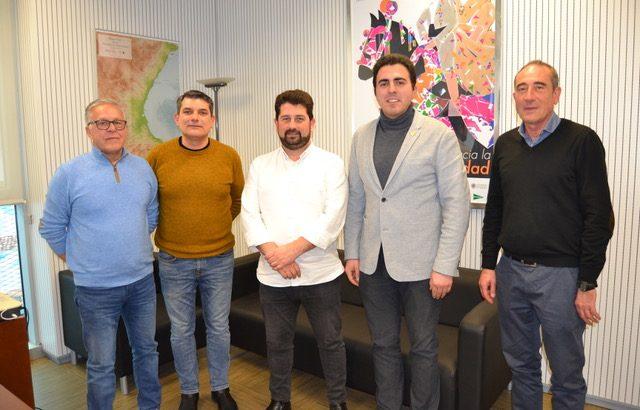 La nueva Junta Directiva de la Asociación de Empresarios y Autónomos de Buñol se presenta ante el Director General de Comercio