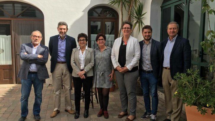 Responsables de la Generalitat visitan la fábrica de Cemex en Buñol