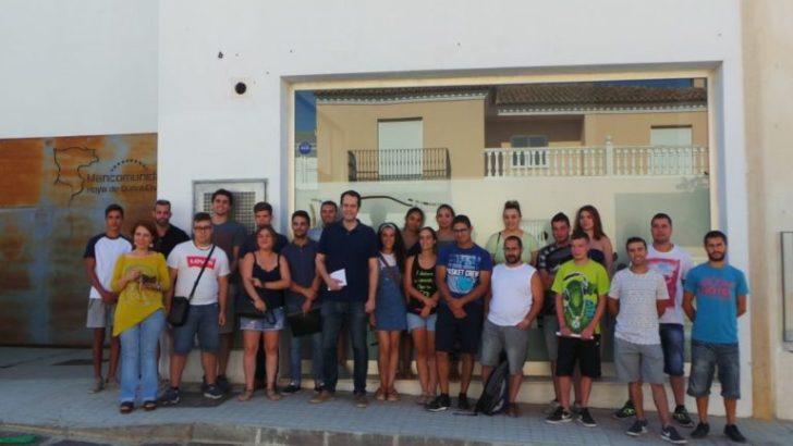La Mancomunidad Hoya de Buñol-Chiva contrata a 20 jóvenes a través del programa de empleo juvenil del Servef