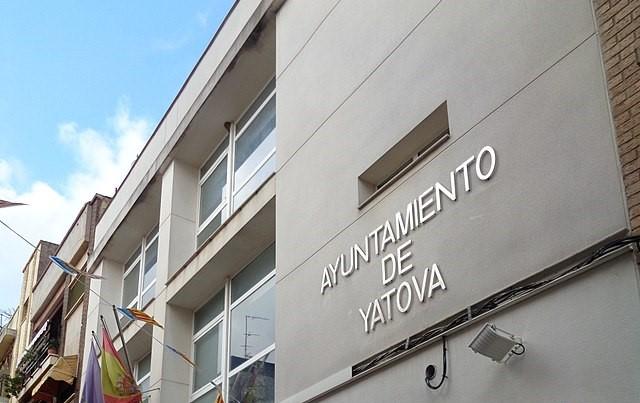 La oposición rechaza la construcción inmediata de un nuevo colegio en Yátova