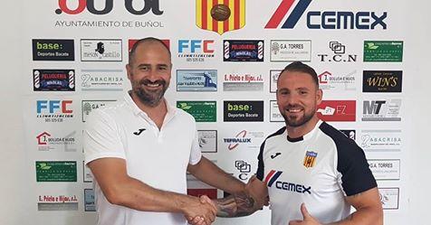 Boluda se vuelve a calzar las botas con el Club Deportivo Buñol