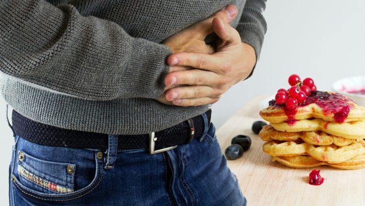 Hacer acopio de medicamentos y prestar atención a comidas, claves para evitar contratiempos en personas con problemas digestivos