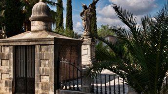 Patrimonio restaurará las tumbas deterioradas del Cementerio Masónico de Buñol